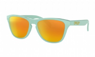 Oakley Frogskins XS (extra small) Arctic Surf / Fire Iridium
